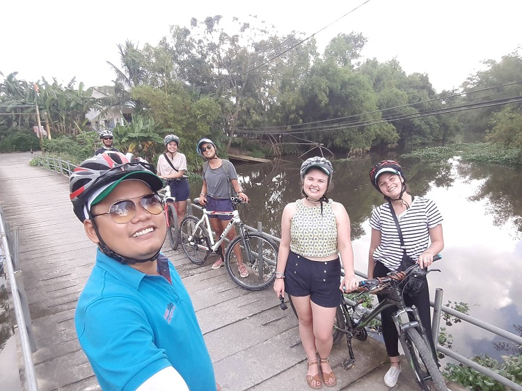 Hue Cycling Tour Half Day
