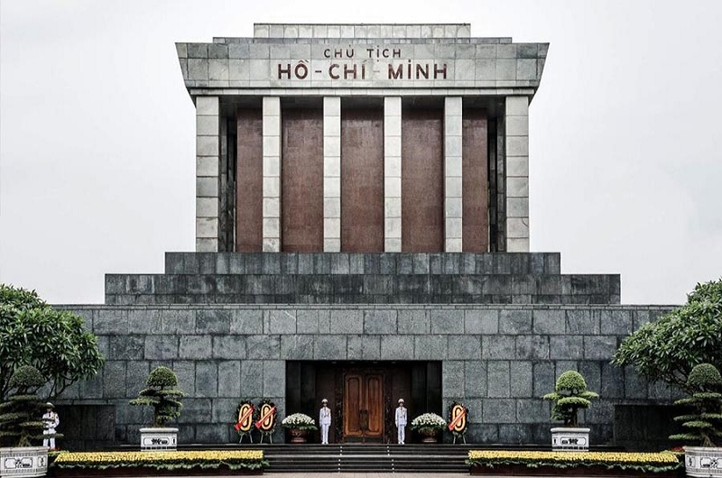 Ho Chi Minh Mausoleum in Hanoi: Things You Need to Know