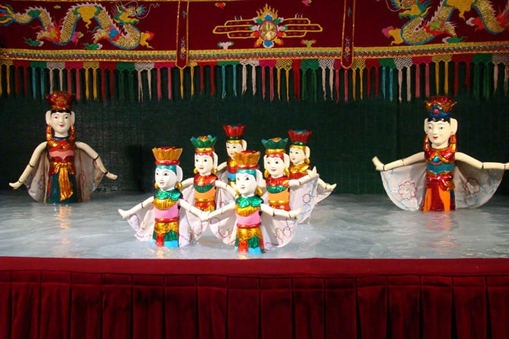 Thang Long Water Puppet Theatre Show and Schedule in Hanoi