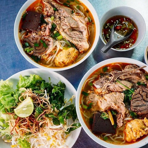 Stops For Authentic Local Food When Travel Hue To/from Hoi An