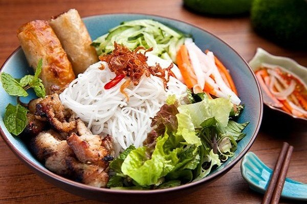 Noodle with Grilled Pork