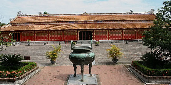 Dynastic Temple - Hue Imperial City