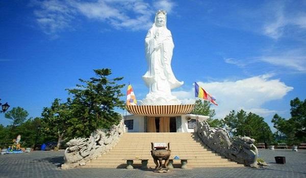 Standing Lady Buddha